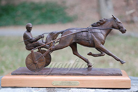 Hot sale indoor desktop decorative bronze horse figurine from china
