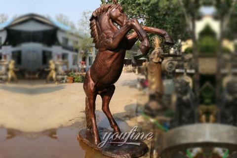 Custom horse statue